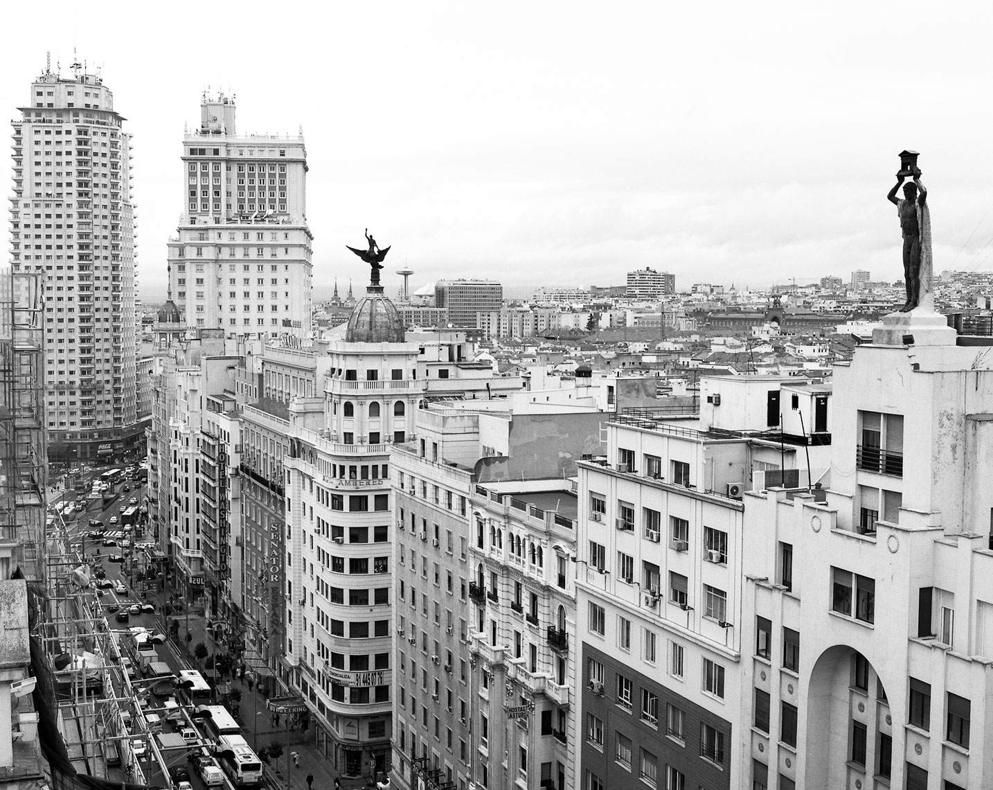 50-Roger_Davies_Madrid_BW_view